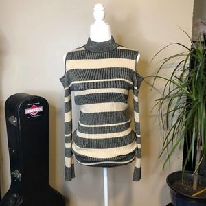 Ribbed Knit Charcoal Gray & Cream Sparkly Metallic Cold Shoulder Sweater L